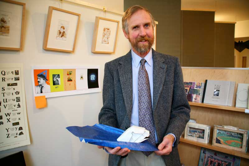 "Bernie at K Gallery showing his model ""Polar Swim"", Almeida, California 2007"