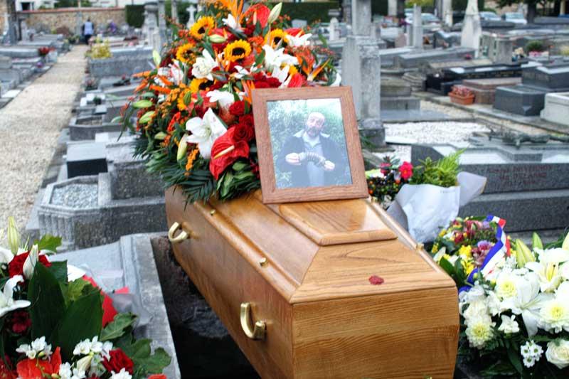Joseph Wu's picture of Eric's coffin